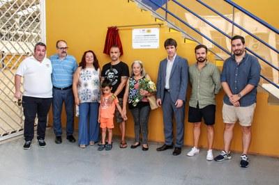 Colocada una placa de homenaje a Fernando Serrano, impulsor del fútbol sala en Sevilla