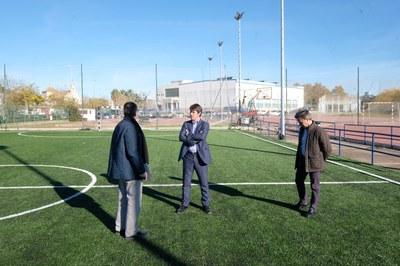 El delegado de deportes, David Guevara, en una visita a las renovadas instalaciones del Centro Deportivo San Jerónimo.