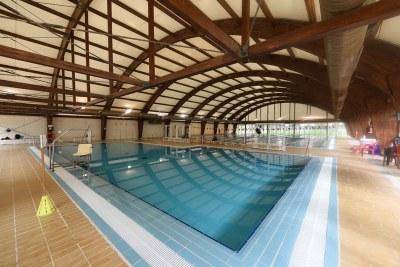 Imagen de la piscina de Rochelambert.