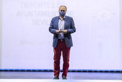 El IMD Sevilla recibe una Mención especial en la Gala del Remo Andaluz por su apoyo incondicional en la organización de eventos