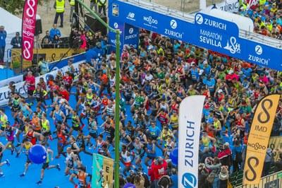 Salida del Zurich Maratón de Sevilla 2019.