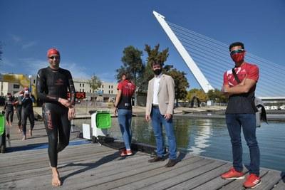 Gustavo Rodríguez y Diedericks Diede se imponen en el VII Nutrisport Half Triatlón de Sevilla by Zone 3